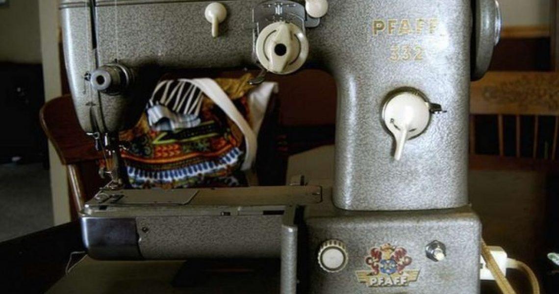 alte-pfaff-naehmaschine-590x447